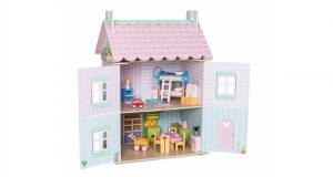 le toy van doll house