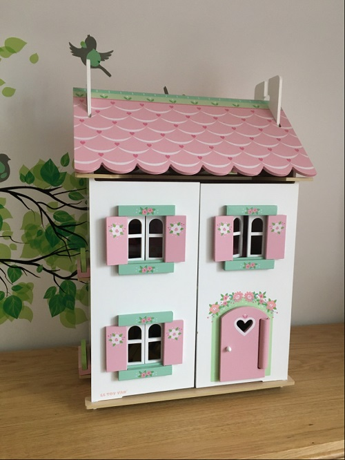 le toy van doll house review